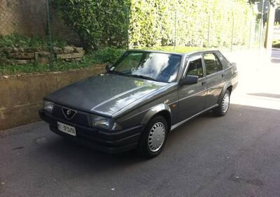 Alfa 75 Twin Spark 2.0 d'epoca del 1997 a Merate d'epoca