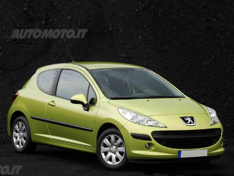 Peugeot 207 HDi 70CV 3p. ONE Line