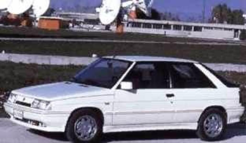 Renault 11 Turbo 3 Porte 121986 061988 Prezzo E Scheda