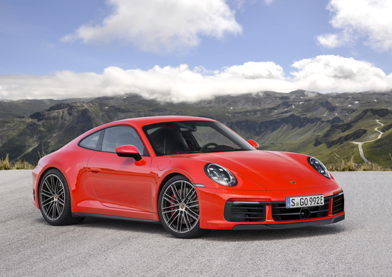 Porsche 911, ecco come potrebbe essere la gamma 992