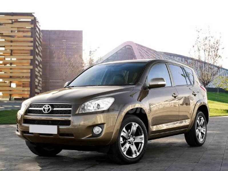 Toyota RAV4 2.0 Luxury