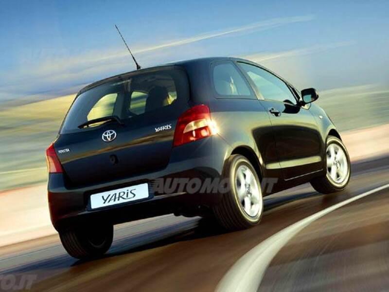 Toyota Yaris 1.3 3 porte Navi
