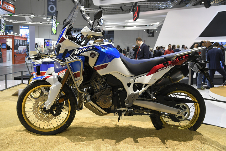 eicma 2017 honda africa twin crf1000l adventure sports. Black Bedroom Furniture Sets. Home Design Ideas