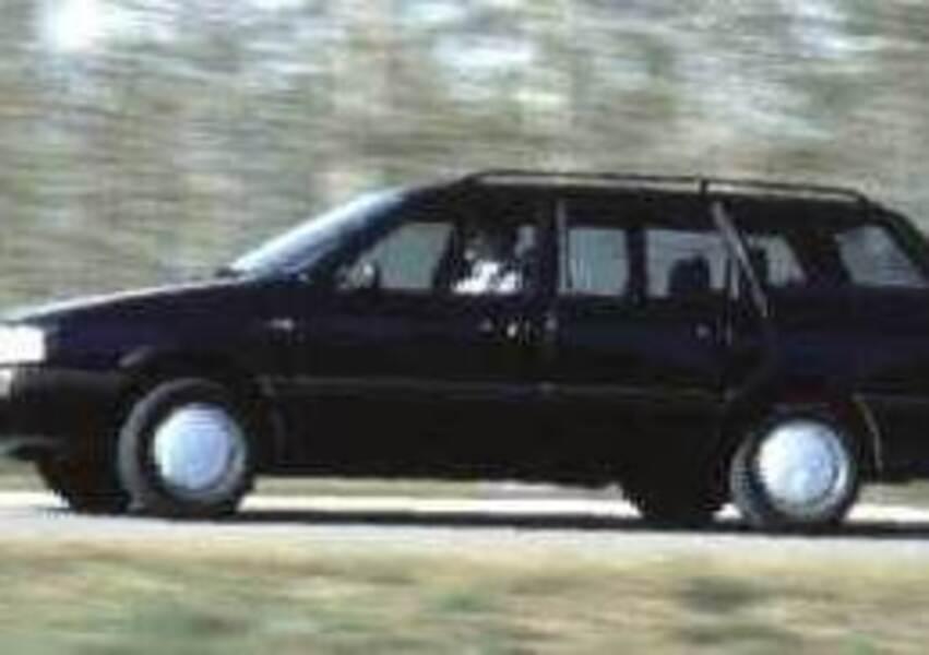 Volkswagen Passat Variant 2.0i cat GLI