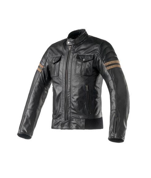 Clover: a EICMA con la giacca in pelle Blackstone (3)