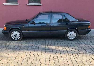190E d'epoca del 1989 a Guidizzolo