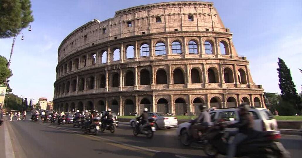 Roma, Milano e Genova le province con più incidenti in moto e scooter