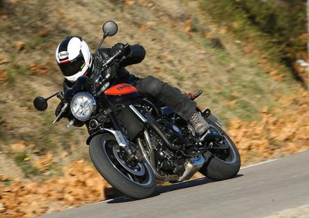 Kawasaki Z900RS: Retrò ma non troppo