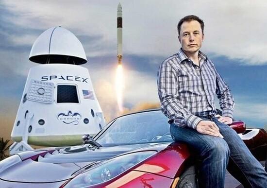 Elon Musk: «Nel 2020 le Tesla guideranno meglio degli uomini»
