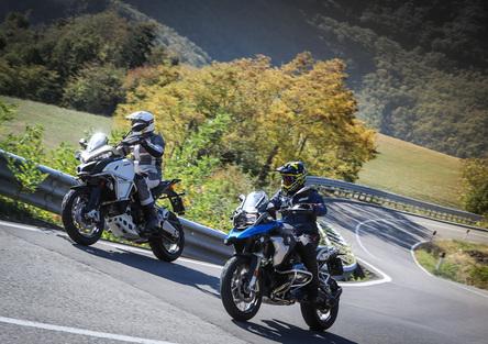 BMW R1200GS Rallye vs Ducati Multistrada 1200 Enduro Pro
