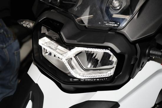 La firma della luce diurna sulla nuova F 850GS
