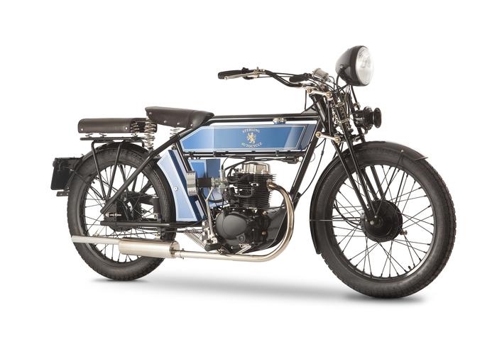 Il motore di 230 cc è il più adatto alla Sterling