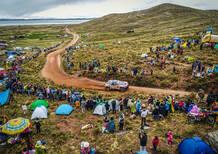Dakar '18. La tappa dei misteri. Sainz (Peugeot) e Van Beveren (Yamaha) al comando a metà Marathon