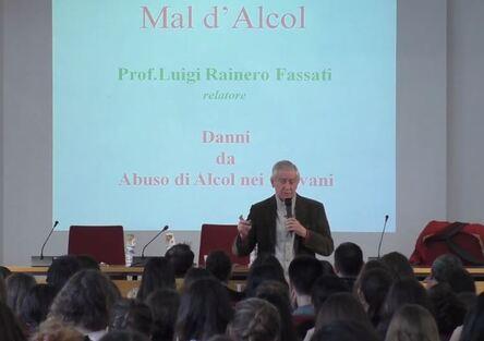 Mal d'alcol, l'iniziativa online continua nelle scuole: ecco come (Video)