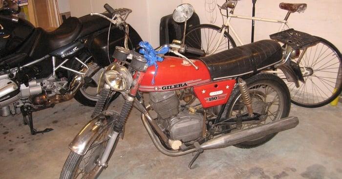 La moto prima del restauro