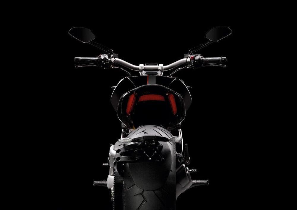Ducati XDiavel S (2016 - 19) (4)