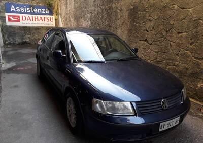 Volkswagen Passat 1.8 20V cat Comfortline del 1997 usata a Genova