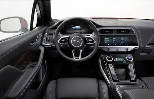 Jaguar I-Pace: si parte da 79.790 euro (5)