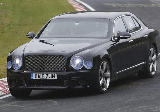 Bentley Mulsanne restyling: beccata al Ring, si ispira alla Bentayga