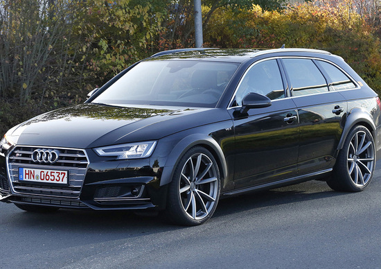 Nuova Audi RS4: addio V8 aspirato, arriva il V6 bi-turbo?