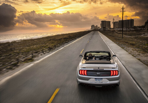 Ford Mustang GT California Special, allestimento old style (5)