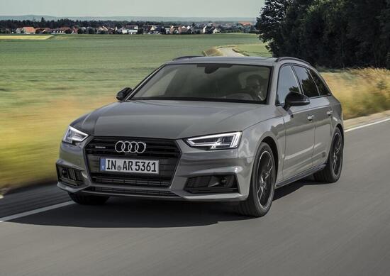 Audi A4 S Line Black Nero Sportivo News Automotoit