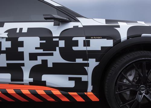 Audi e-tron, dichiarato il prezzo per il mercato tedesco (4)
