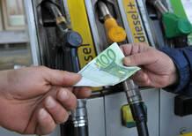 Benzina, crescono i consumi. E gli Italiani risparmiano 459 milioni