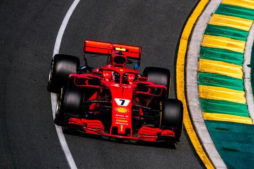 F1. Australia, Hamilton pazzesco: pole davanti a Raikkonen e Vettel