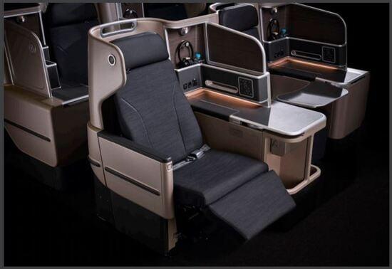 I posti di prima classe del 787-9 australiano, un lusso che costa meno di quanto costava un tempo
