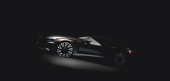 Audi, il prototito e-tron GT