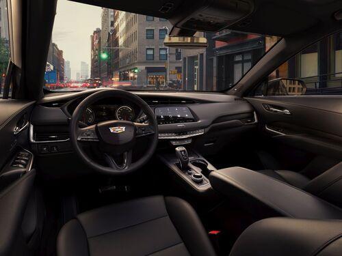 Cadillac XT4, anche gli USA si danno ai SUV compatti (6)