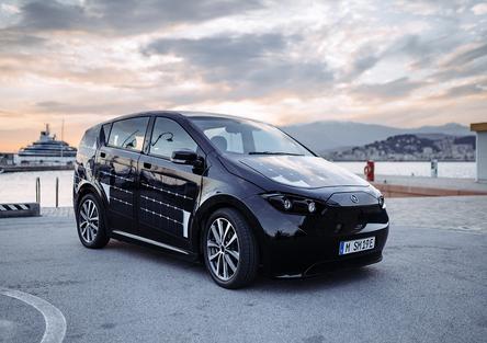 Sono Motors Sion, elettrica e solare nata in Germania con il crowdfunding