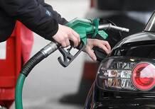 Benzina e Diesel, arrivano i rincari di Pasqua