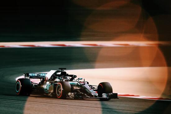 Terza posizione per Lewis Hamilton nel GP del Bahrain 2018