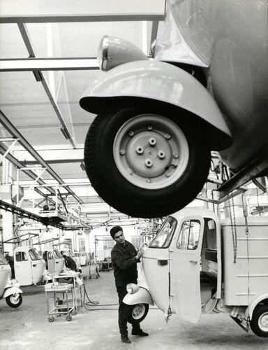 """Ape Piaggio, 70 anni all'inseguimento del """"boom"""" (7)"""