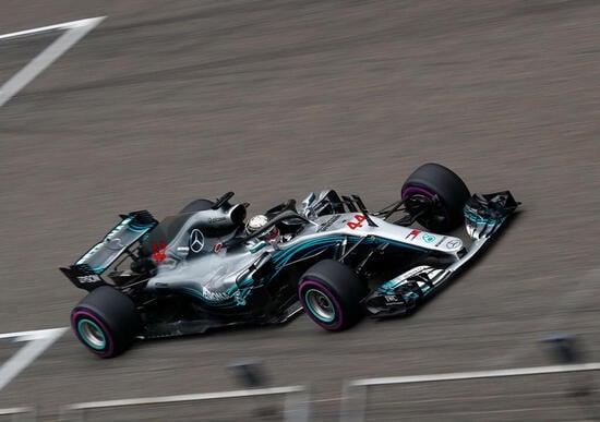 Hamilton ha concluso la gara in quarta posizione, grazie alla penalità di Verstappen