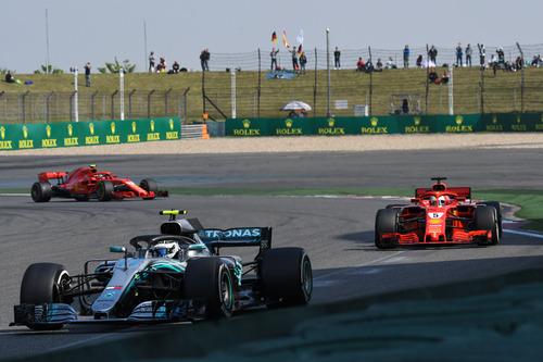 F1, GP Cina 2018: tra i due litiganti, Ricciardo gode  (3)