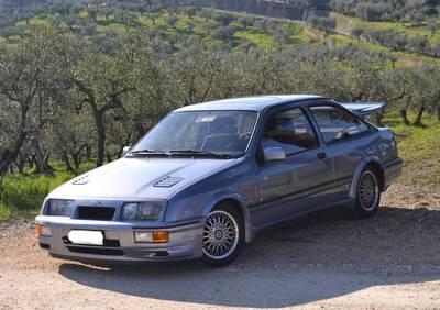Sierra RS Cosworth d'epoca del 1986 a Prato