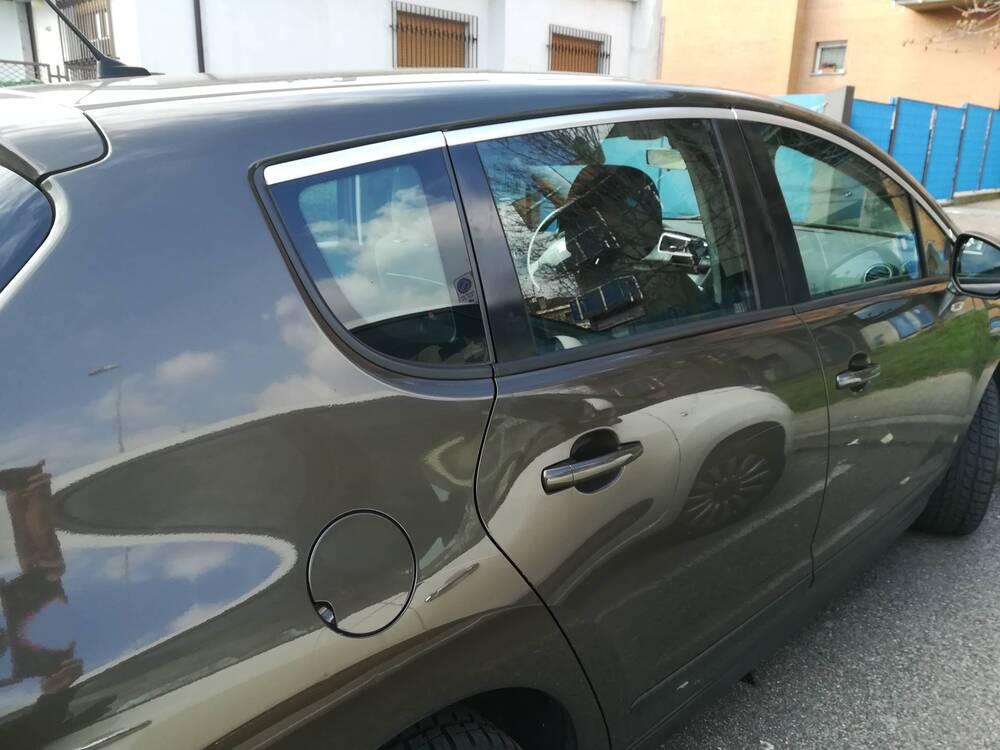Peugeot 3008 1.6 HDi 115CV Active del 2012 usata a Desio (2)