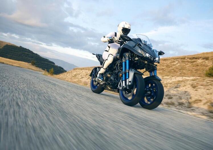 Yamaha Niken: arriva a maggio