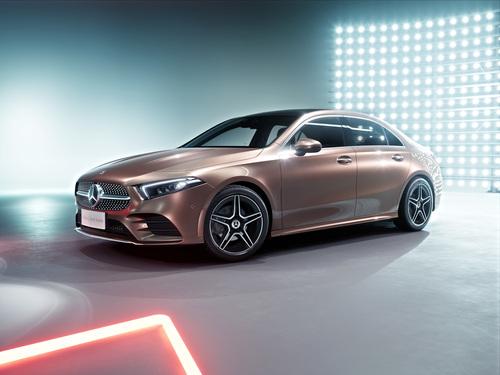 Mercedes Classe A: la versione sedan debutta a Pechino 2018 (4)