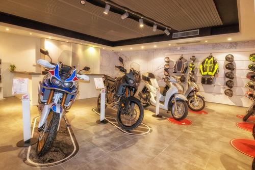 Moto Perego, dopo 34 anni diventa concessionaria esclusiva Honda per la provincia di Lecco (2)