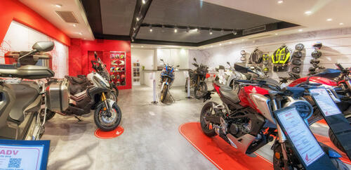 Moto Perego, dopo 34 anni diventa concessionaria esclusiva Honda per la provincia di Lecco (6)
