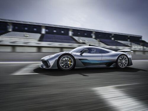 Mercedes-AMG Project One, anteprima alla Mille Miglia 2018 (9)