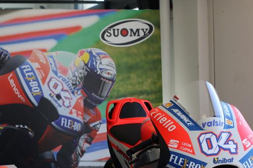 Suomy e Dovizioso da Ducati Brothers Moto Ancona (2)