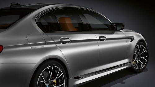 BMW M5 Competition, 625 CV per la berlina pepata (4)