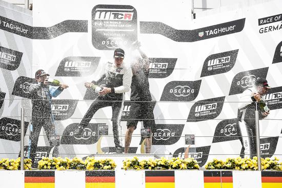 Il WTCR nel 2018 offre tre podi a concorrenti e spettatori, ma non passa dall'Italia