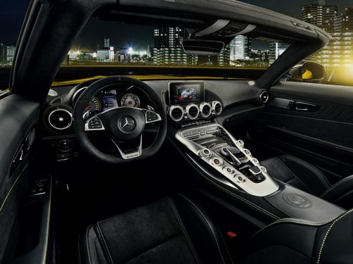 Mercedes AMG GT S Roadster, la via di mezzo (3)