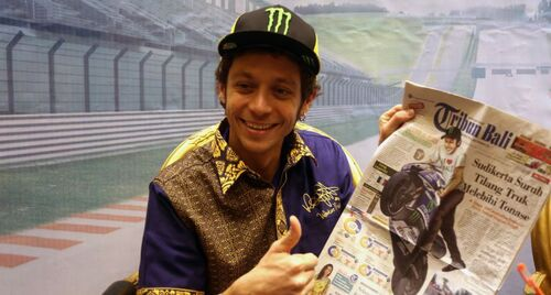 Valentino Rossi in tour in Indonesia (2)